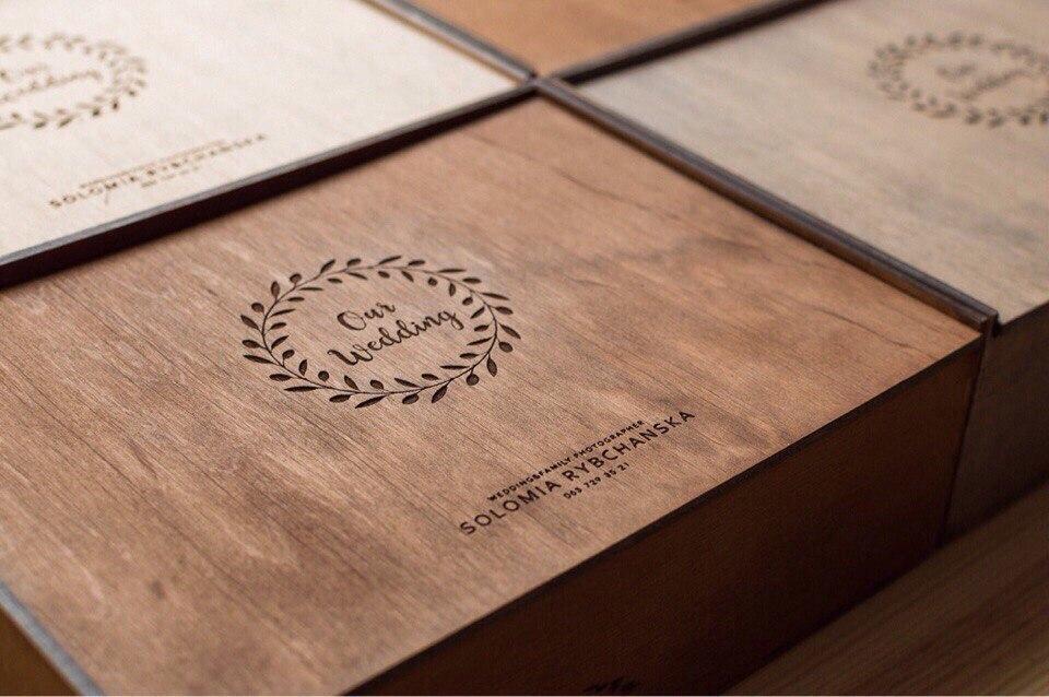 Деревянные коробки для фотографий  под заказ