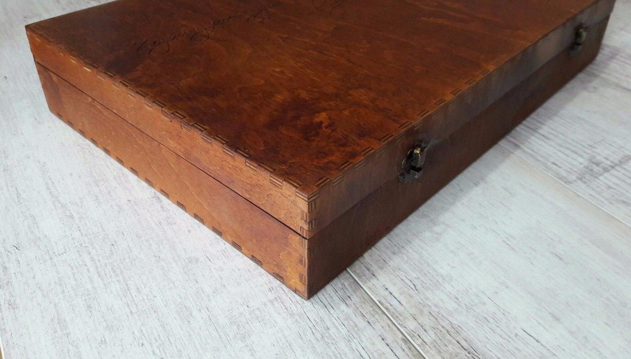 Деревянная коробка чемодан из фанеры