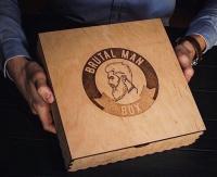 Деревянная коробка для мужских подарков