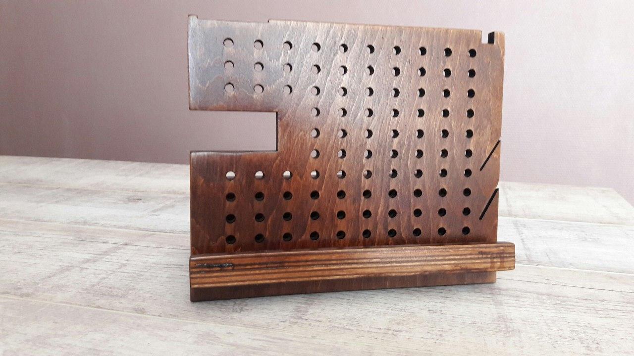 Настольный органайзер из дерева