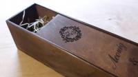 Коробка для вина из дерева и фанеры