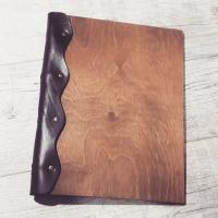Папки меню из дерева и кожи с логотипом