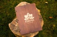 Папки меню из дерева и фанеры с логотипом. Лазерная резка фанеры в Харькове, нанесение логотипа