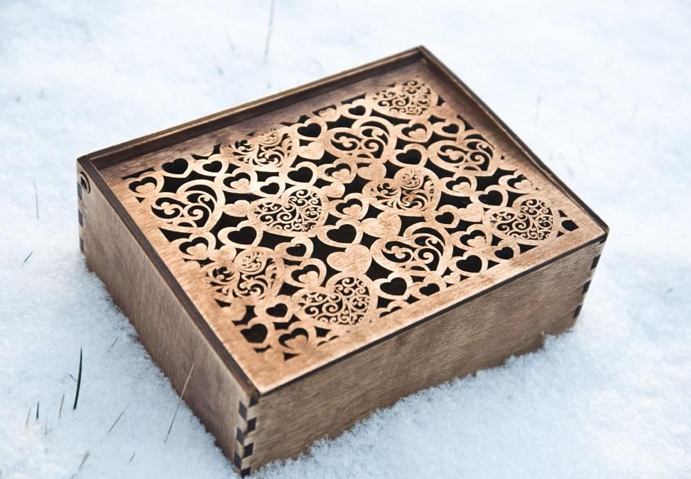 Деревянная шкатулка, деревянная коробка из фанеры с узором из сердечек
