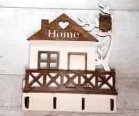 Ключница из дерева с домом и совой
