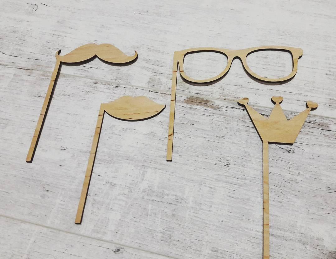 Декорации для фотосессии - очки, усы, губы, корона. Лазерная резка фанеры в Харькове