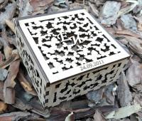 Свадебная коробка шкатулка из дерева с резными бабочками