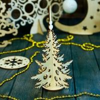 Новогодняя елочка-игрушка из дерева