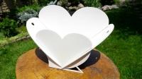 Корзинка для цветов в форме сердца из фанеры