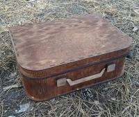 Подарочный чемоданчик из фанеры