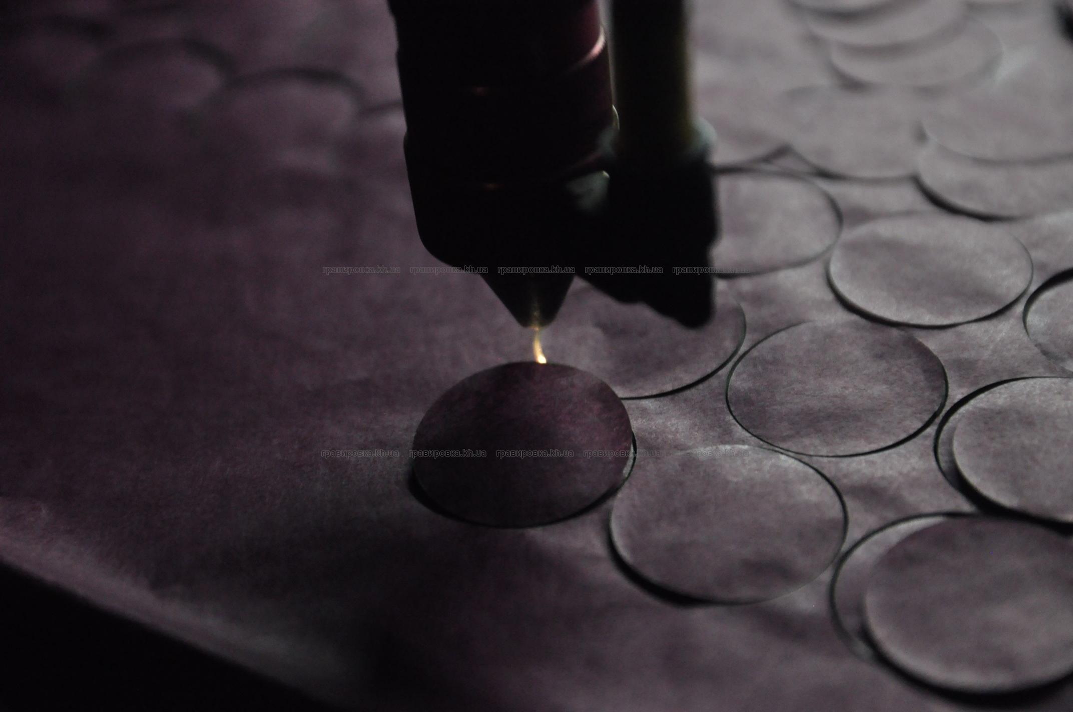 Лазерная резка картона, бумаги, фанеры
