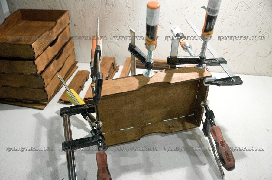 Лазернаярезка и гравировка дерева, фанеры и картона