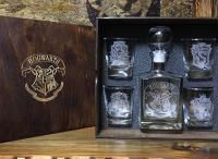 Деревянная упаковка для бокалов, стаканов по индивидуальным размерам с гравировкой логотипа