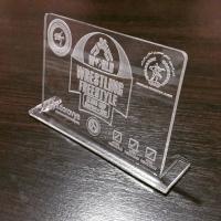 Награды, подарки и сувениры из оргстекла с лазерной гравировкой логотипа