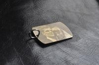 Медальон с гравировкой фотографии