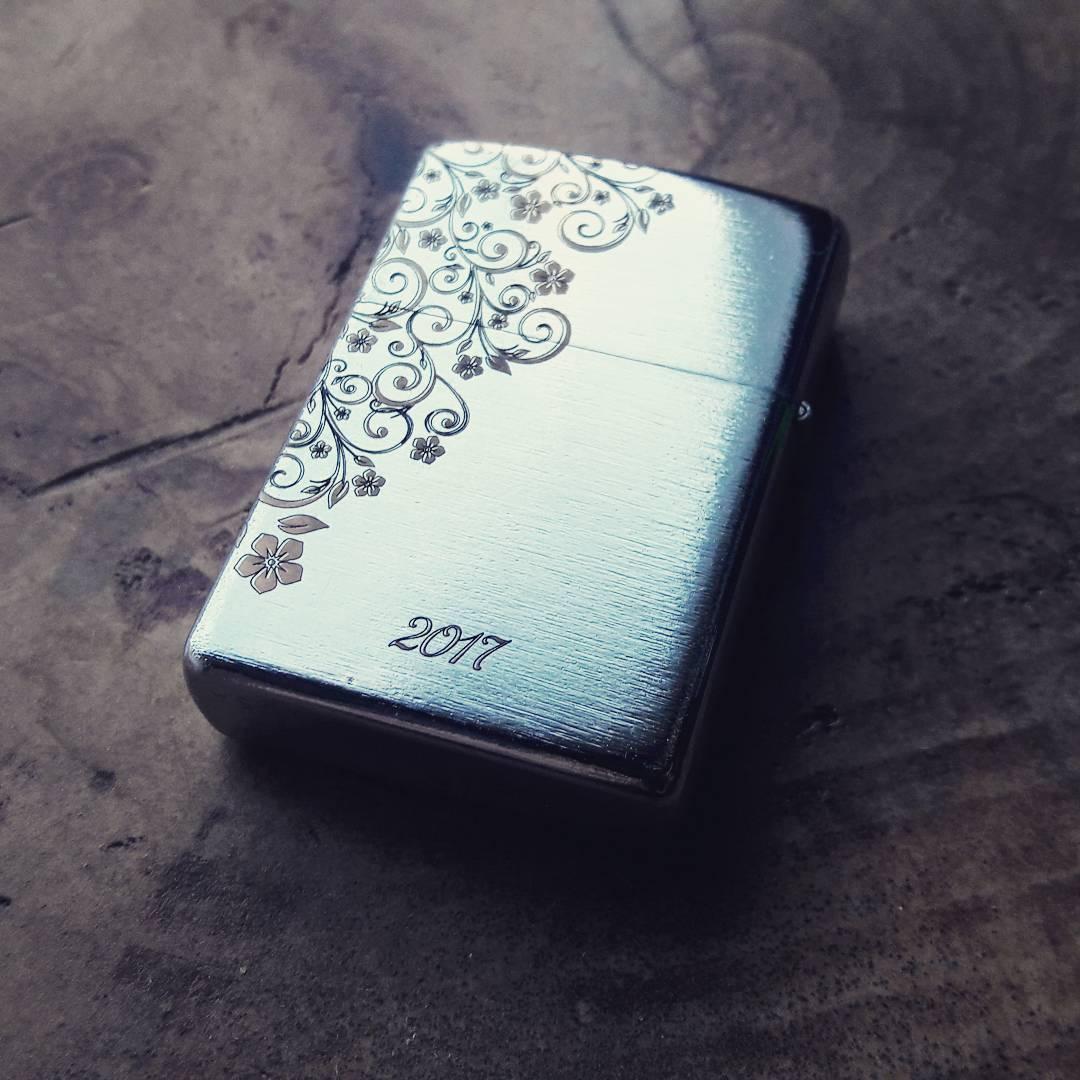 Лазерная гравировка на подарках и сувенирах