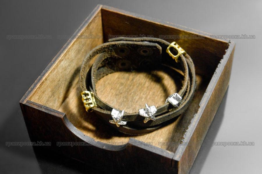 Коробки из дерева (фанеры) для браслетов,  кошельков и так далее